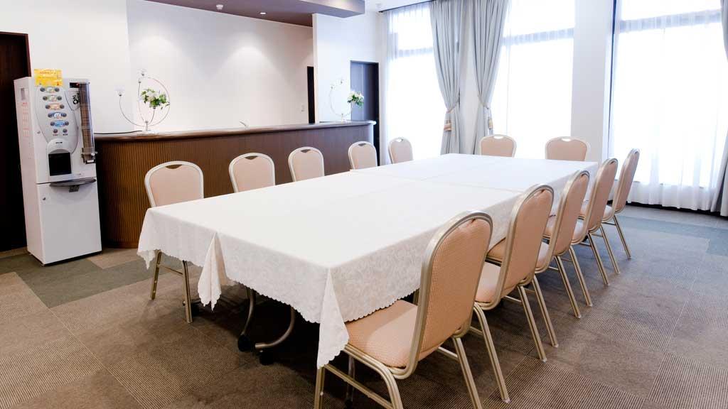 1階会食室